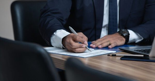 What Does A Business Lawyer Do And Do You Need One