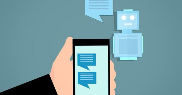 What Is a Live Chatbot Trends and Benefits for Your Business