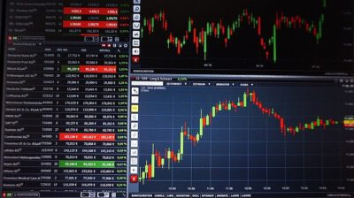 Benefits of Investing in Forex Online